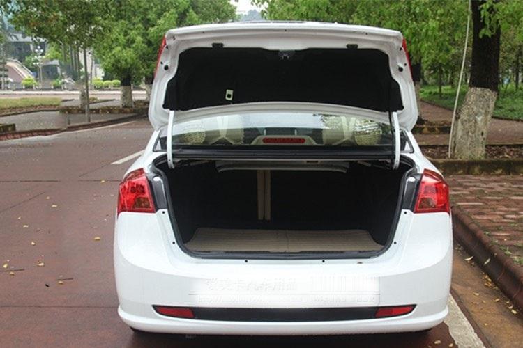 Lò so mở cốp tự động cho xe ô tô