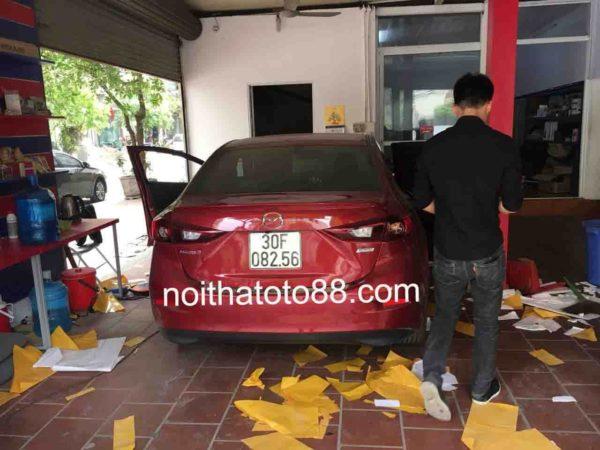 Chống ồn cho xe Mazda 3