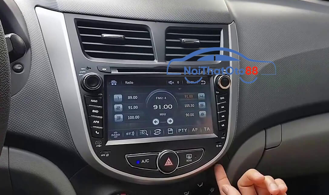 Màn hình DVD Accent cho xe Hyundai Accent