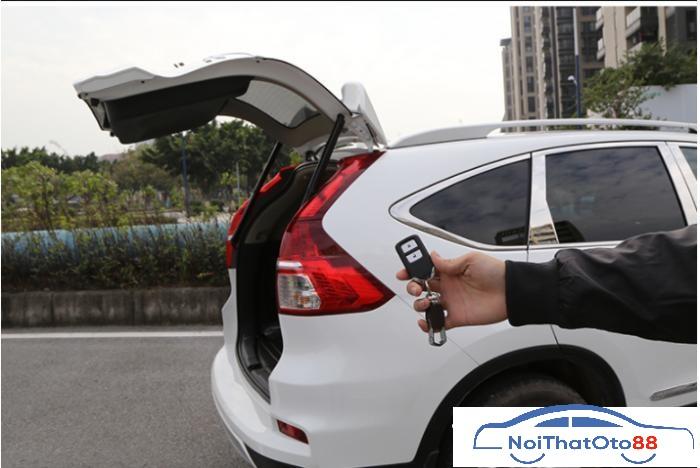 Độ cốp điện tự động cho xe Honda CRV