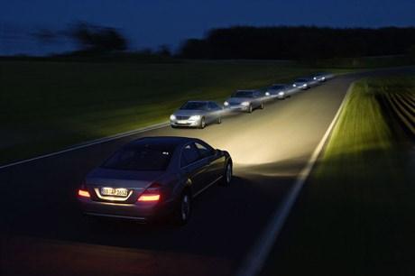 đèn xe ô tô có những loại nào