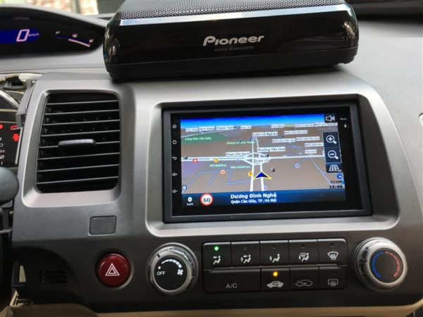 Chú ý sử dụng màn hình ô tô