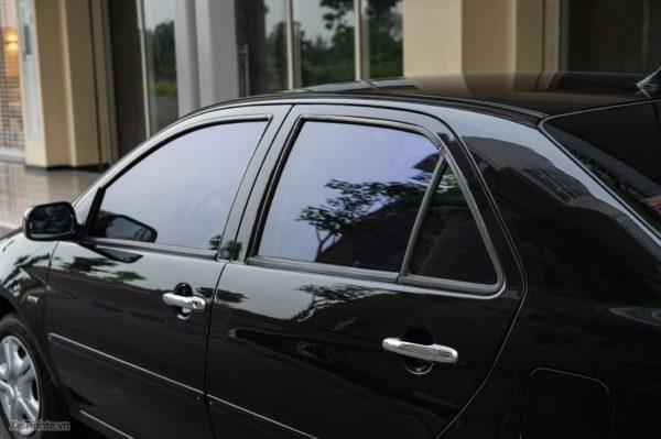 Công dụng của dán kính ô tô Llumar
