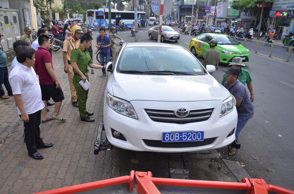 xử phạt khi vi phạm quy định dừng và đỗ xe