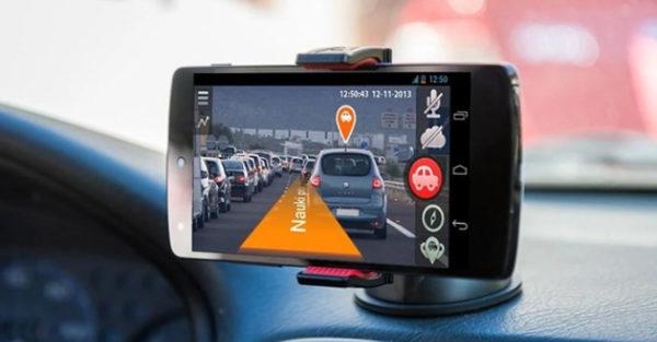 Dùng điện thoại làm camera hành trình