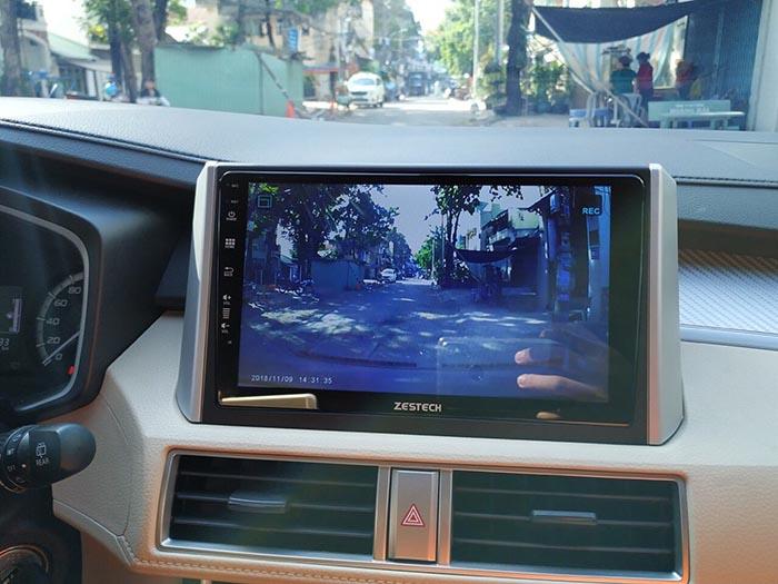 dvd zestech cho xe xpander