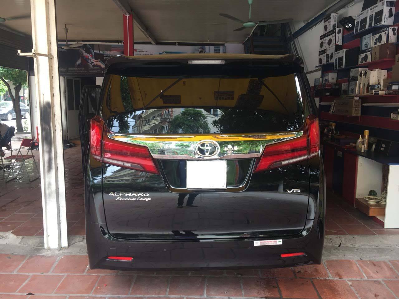 Dán phim cách nhiệt 3M Crystalline cho xe Toyota Alphard