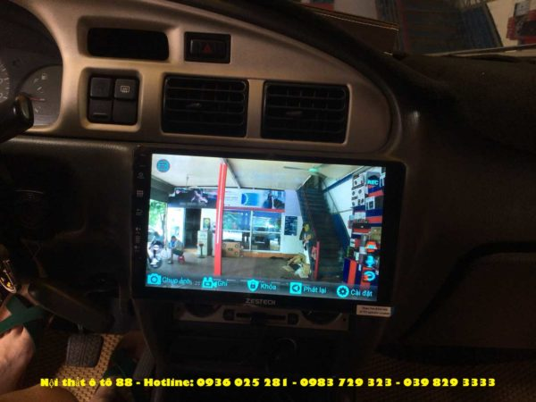 man hinh oto cho xe Ford Everest