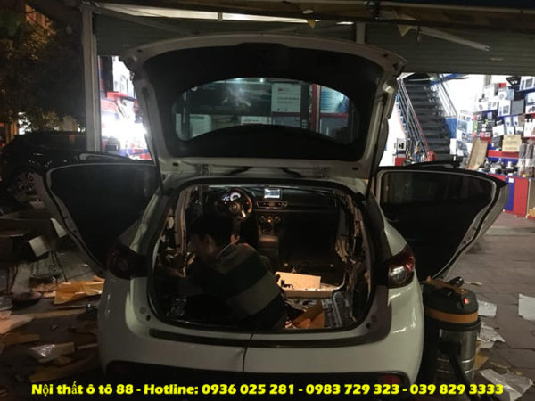 lắp đặt Chống ồn cho xe Mazda 3
